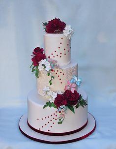 Wedding cake burghundy and white by Bezana - http://cakesdecor.com/cakes/304316-wedding-cake-burghundy-and-white