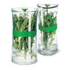 I cannot say enough good things about this herb keeper. I got it for Christmas and love using it!