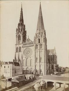 ND. France, Chartres, la cathédrale #Europe #France_Nouveautés #France_Nouveautés