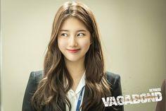 Suzy Bae (배수지) For Vagabond Kdrama 2019 Cr. Korean Hair Color, Girl Hair Colors, Korean Drama Movies, Korean Dramas, Instyle Magazine, Cosmopolitan Magazine, Weightlifting Fairy Kim Bok Joo, Scene Image, Bae Suzy