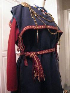 Vyötä ja essua vaille uudet muikkarit – Swan River Crafts Iron Age, Korea, Victorian, River, Crafts, Dresses, Fashion, Swans, Finland