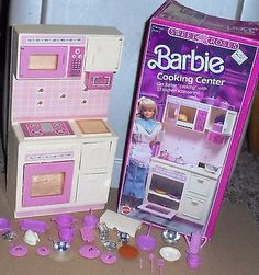 Vintage 1987 Barbie Sweet Roses Cooking Center Playset with Box Near Complete