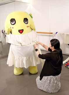 Funassyi the fashion model, being measured for an upcoming photo spread in AneCan magazine.
