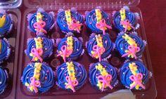 Rapunzel braid cupcakes.