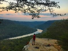With over 50 trailheads within 30 minutes of downtown Chattanooga, the hiking scene in the Scenic City is one of the best in the country // Roots Rated