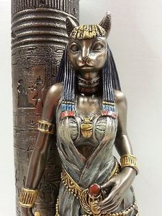 Egyptian-Goddess-Bast-Bastet-Cat-Statue-Leaning-on-Candle-Pillar-WU76698A4