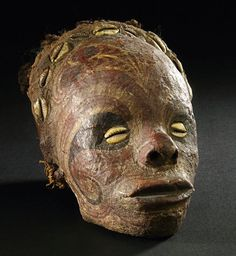 Iatmul-People - A Painted and Overmodeled Skull. Papua New Guinea. Formerly in the Collection of Richard Calwer (1868-1927), Berlin.