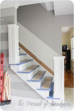 Old stairs painted newel posts 57 ideas for 2019 Open Staircase, Staircase Design, Staircase Ideas, Diy Staircase Railing, Diy Interior Stair Railing, Railings, Replace Stair Railing, Staircase Decoration, Staircase Remodel
