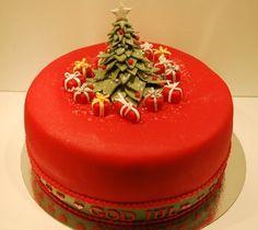 cake for Christmas