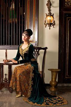 kebaya -INDONESIA