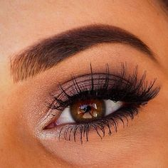 Full and gorgeous brow!