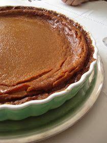 As nossas cozinhas: A tarte de caramelo do Chefe Vítor Sobral Simply Recipes, Sweet Recipes, Love Eat, Love Food, Cookbook Recipes, Dessert Recipes, Quiches, Crack Pie, Sweet Pie