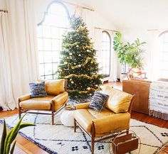 Christmas Gift Guide: Experiences over Things via A House in the Hills