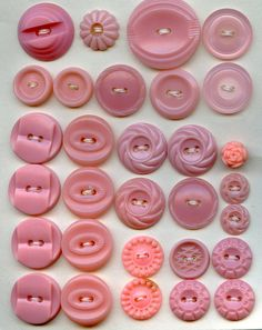 Vintage Button Card, 30 Pink by danagraves, via Flickr