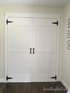 Love these DIY barn closet doors @Traci @ Beneath My Heart