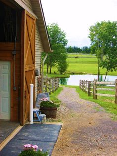 Dancing Horse Farm    Newbury, Ohio - love the scenery - with a lake for Chris :)