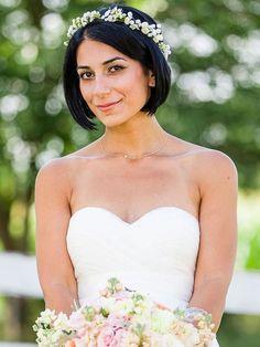 coiffure mariage cheveux court et coupe au carré droit avec raie au milieu