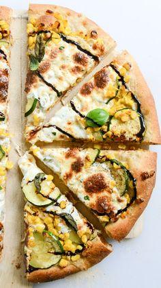 sweet corn, zucchini and fresh mozzarella pizza