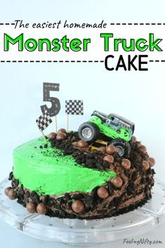 How to Make a Monster Truck Cake -The easiest cake you'll ever make! This cute, easy and fun DIY homemade birthday cake will wow any monster truck fan! In this tutorial you'll learn how to make it usi Digger Birthday Cake, Monster Truck Birthday Cake, Easy Boy Birthday Cake, 3rd Birthday, Birthday Ideas, Homemade Birthday Cakes, Homemade Cakes, Grave Digger Cake, Cupcakes