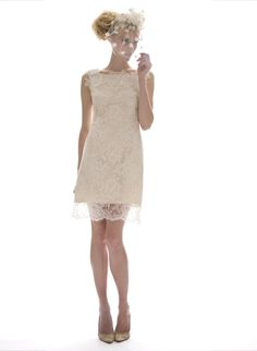 a dress perfect for a city hall ceremony!