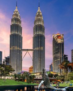 'Whale of a time'  Sunset last night from KLCC park looking towards the Petronas Towers. Kuala Lumpur Malaysia  #klcc #petronas #igmalaysia