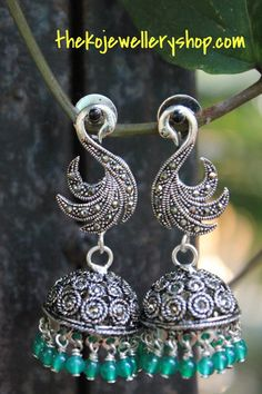 Silver jhumkas online shopping India - Silver jewellers since 1995 Antique Earrings, Antique Jewelry, Silver Jewelry, Silver Earrings, Silver Accessories, Vintage Jewellery, 925 Silver, Silver Ring, Stud Earrings