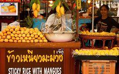 در تایلند با قاشق غذا بخورید نه با چنگال. تنها با چنگال غذا خوردن، بیادبی محسوب میشود.  مردم در صف نمیایستند. تایلندیها به جای ایستادن در صف به صورت جمعی میایستند. #تایلند #گردشگری