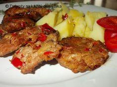 Recept Grilované placičky s červenou paprikou a kořením / Plieskavica/ - Naše Dobroty na každý den Mashed Potatoes, Treats, Chicken, Ethnic Recipes, Food, Red Peppers, Whipped Potatoes, Sweet Like Candy, Goodies