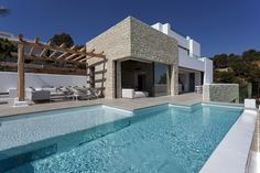 Driessen House / Antonio Altarriba Arquitecto - Spain