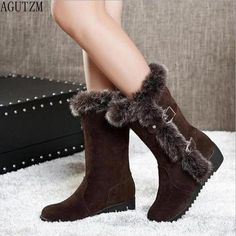 Mid Calf Footwear, Ladies that you can find in greater choice of design.  #Brownanklebootsoutfit Wedge Snow Boots, Warm Snow Boots, Snow Boots Women, Winter Fashion Boots, Winter Shoes, Fall Fashion, Fashion Edgy, Fashion Trends, Fur Boots