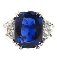 Exquisite 5.23 Ct. Natural Kashmir Sapphire & Diamond Ring