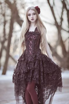 Photo, model, mua: Absentia Dress: Attitude Holland Welcome to Gothic and Amazing |www.gothicandamazing.com