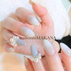 パールネックレス♡グレーベースは@putielnail...|ネイルデザインを探すならネイル数No.1のネイルブック Nail Ring, Japanese Nails, Nail Art Designs, Beauty, Paris, Wedding, Nail Art Galleries, Fingernail Designs, Valentines Day Weddings