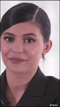 Kendall Jenner Video, Kylie Jenner Gif, Kylie Jenner Outfits, Kylie Co, Kendall And Kylie, Kardashian Photos, Kardashian Jenner, Kily Jenner, Kylie And Travis Scott