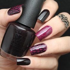 ✨Flawless mani by the amazing @nailsandtowel  Katia is using our Teardrop Nail Stencil Find them at: snailvinyls.com