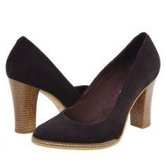 Pantofi casual dama Clarette mov Heeled Mules, Heels, Casual, Fashion, Heel, Moda, Fashion Styles, High Heel, Fashion Illustrations
