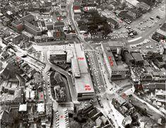 Almelo jaren 60, 70 en 80Een blik van bovenaf het Centrum. Voor uitleg ga naar www.toenwasalmelonogmooi.nl