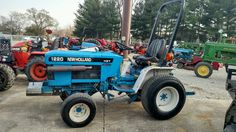 New Holland 1220 Utility Tractor, Compact Tractors, New Holland, Outdoor Power Equipment, Miniature, Trucks, Autos, Miniatures, Truck