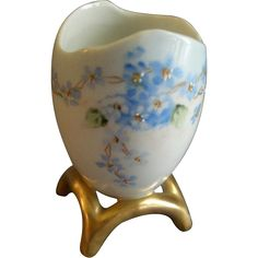 """Porcelain Hand Painted """"Forget-Me-Not"""" Pattern Egg Toothpick Holder"""