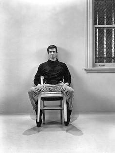 'Bates Motel' Goes Full 'Psycho': A Photo Homage | Photo 7 of 8 | EW.com