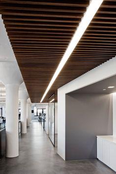 HAP Capital Offices – New York City – Office Snapshots – Modern Corporate Office Design Corporate Office Design, Corporate Interiors, Office Interiors, Office Ceiling Design, Office Interior Design, Modern Ceiling Design, Home Office Lighting, Interior Lighting, Corridor Lighting