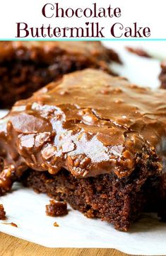 A moist and chocolaty buttermilk cake topped with a sweet and fudgy chocolate buttermilk frosting with pecans. A simple, old-fashioned dessert that never goes out of style because it's so darn good. Recipes and yummy cake tips Cupcakes, Cupcake Cakes, Chocolate Icing, Chocolate Desserts, Texas Chocolate Sheet Cake, Old Fashioned Chocolate Cake, Chocolate Bowls, Chocolate Decorations, Homemade Chocolate