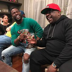 Kevin Hart and Cedric the Entertainer - These Celebrities Showed Out During Super Bowl LI Cedric The Entertainer, Kevin Hart, Harry And Meghan, Great Movies, Comedians, Super Bowl, Good Times, Actors & Actresses, Hipster