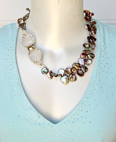 Freshwater Peacock Keishi Petal Pearls with Vintage Lucite #Jewelry #Fashion #FreshwaterPearlNecklace #PetalPearlNecklace #VintageBuckleClaspPearlNecklace