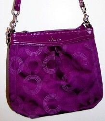 NWT BEAUTIFUL COACH SIGNATURE ASHLEY DOTTED HIPPIE HANDBAG BERRY PURPLE