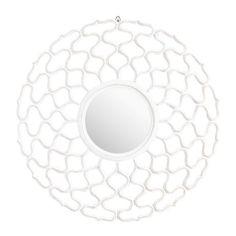 Wenn Sie in diesen Spiegel blicken, dann garantiert mit einem Lächeln! Das charmante Design passt sich perfekt Ihrer romantischen Einrichtung an und setzt Sie jeden Tag aufs Neue in Szene. Der runde Spiegel in der Mitte wird von dünnen Ranken in Weiß umrahmt. Ein Hauch von Vintage von AMBIA HOME!