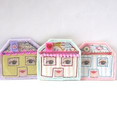 Hey, I found this really awesome Etsy listing at https://www.etsy.com/listing/177776824/tiny-house-brooch-mint-dolls-house