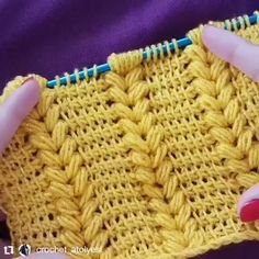 Most up-to-date Pictures Tunisian Crochet videos Popular Diy Crochet, Crochet Crafts, Crochet Projects, Tunisian Crochet Patterns, Knitting Patterns, Knitting Stitches, Hand Knitting, Crochet Videos, Crochet Flowers