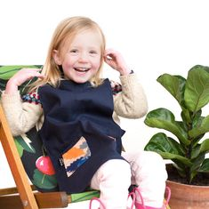 Dark base apron material ideal for mucky play! Machine washable - up to 40 degrees. Bug Hotel, Childrens Aprons, Black Apron, Gardening Apron, Have A Lovely Weekend, Messy Play, Easy Projects, Canvas Material, Cotton Canvas