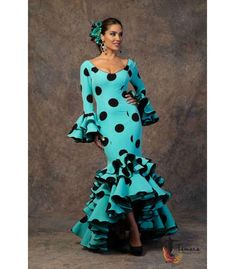 trajes de flamenca 2019 mujer - Aires de Feria - Vestido de gitana Brisa Flamenco Wedding, Sarara Dress, Casual Dresses For Women, Girls Dresses, Flamenco Costume, Spanish Dress, African Dress, Clothing Patterns, Dress To Impress
